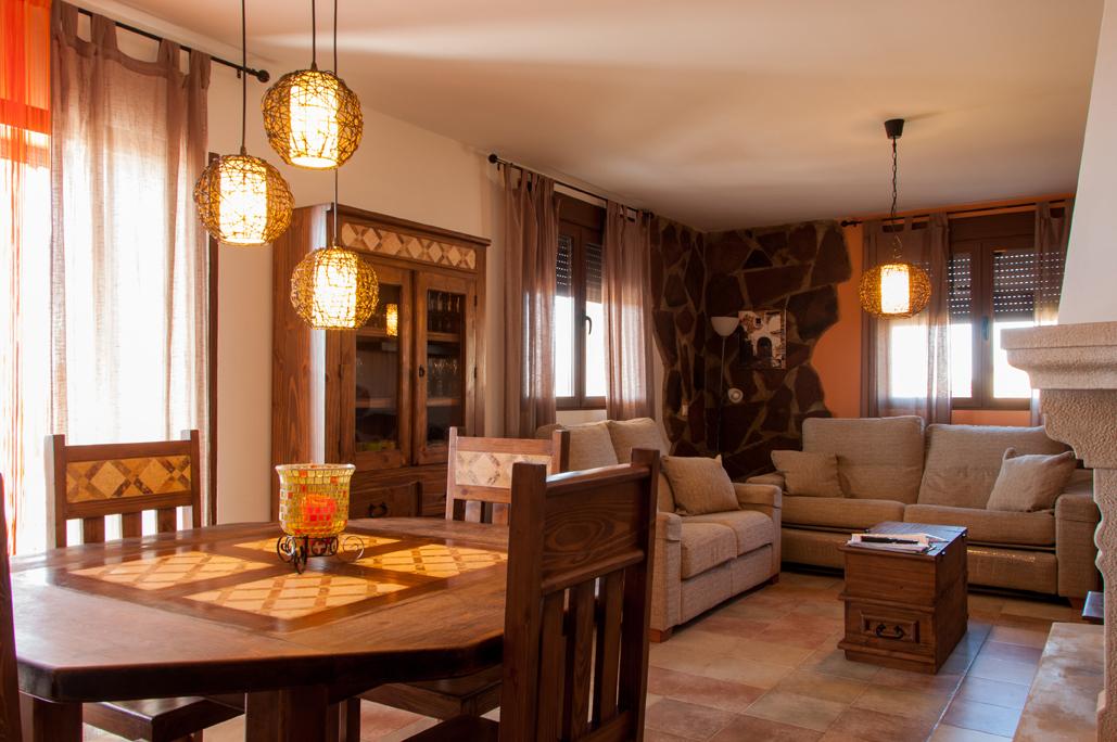 Casa rural 3 habitaciones for Alquiler de habitaciones para 3 personas